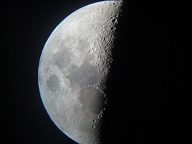 lune2.jpg.89cea908fb046f088c59e392cc1ae0b9.jpg