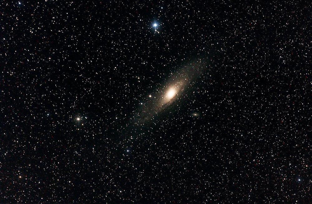 232700636_M31-Andromedagalaxypointnoir17-17-17.thumb.jpg.622fb120b7a47032fd9705d7550e3917.jpg