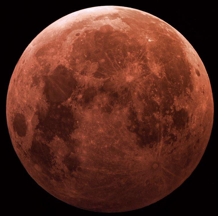 moon eclipse clavius 254 F5.5 hdr.jpg