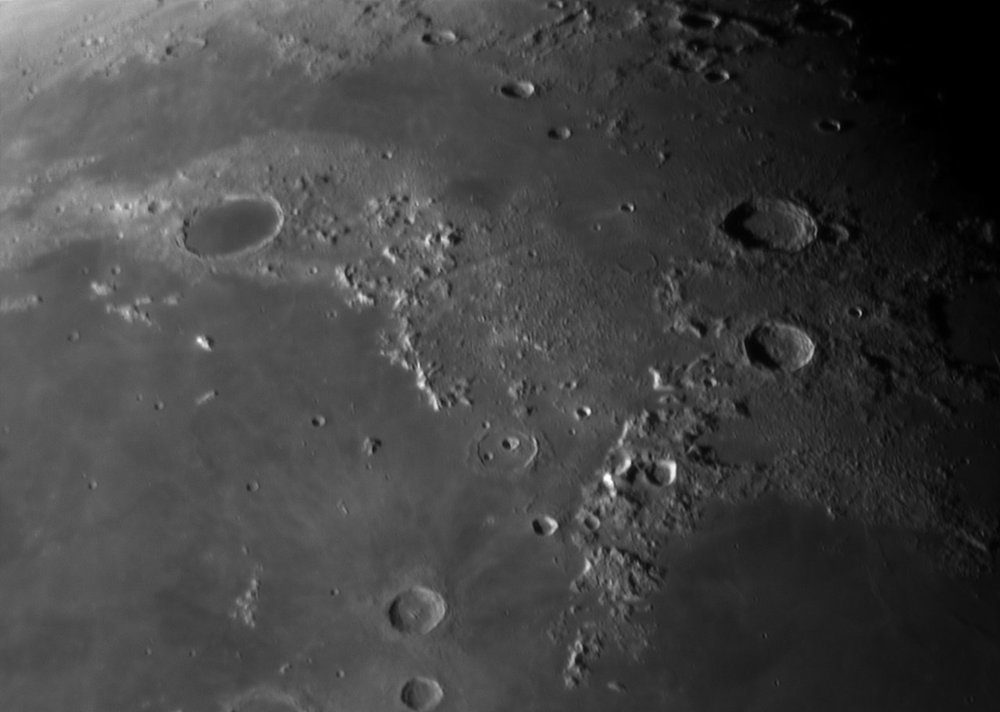 400443211_g_Moon_055236_260319_ZWOASI224MC_Rouge_21._pipp_AS_P25_lapl4_ap264.thumb.jpg.c5b76f3ae0b33e794fb42216beb8de65.jpg