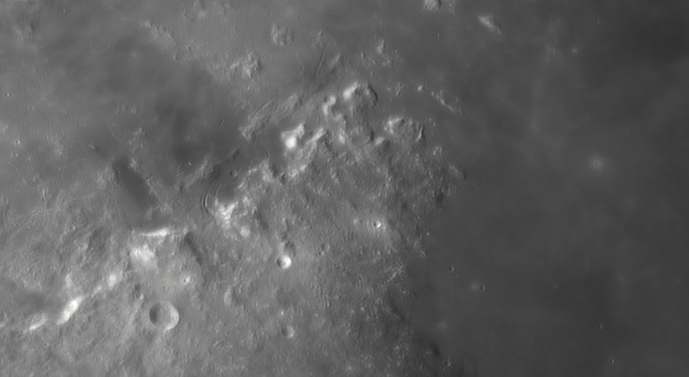 1422705900_Moon_045433_230519_ZWOASI290MM_IR_680nm_AS_P35_lapl4_ap849.thumb.jpg.a7756ef75b04782957c467fdfe69f77d.jpg