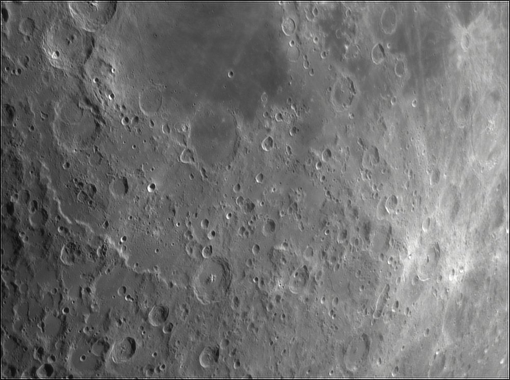 1540709509_Moon_210151_110519_ZWOASI224MC_IR_630nm_AS_P35_lapl4_ap504.thumb.jpg.4d87a506ea1c43988f4851b2bfbb1ccc.jpg