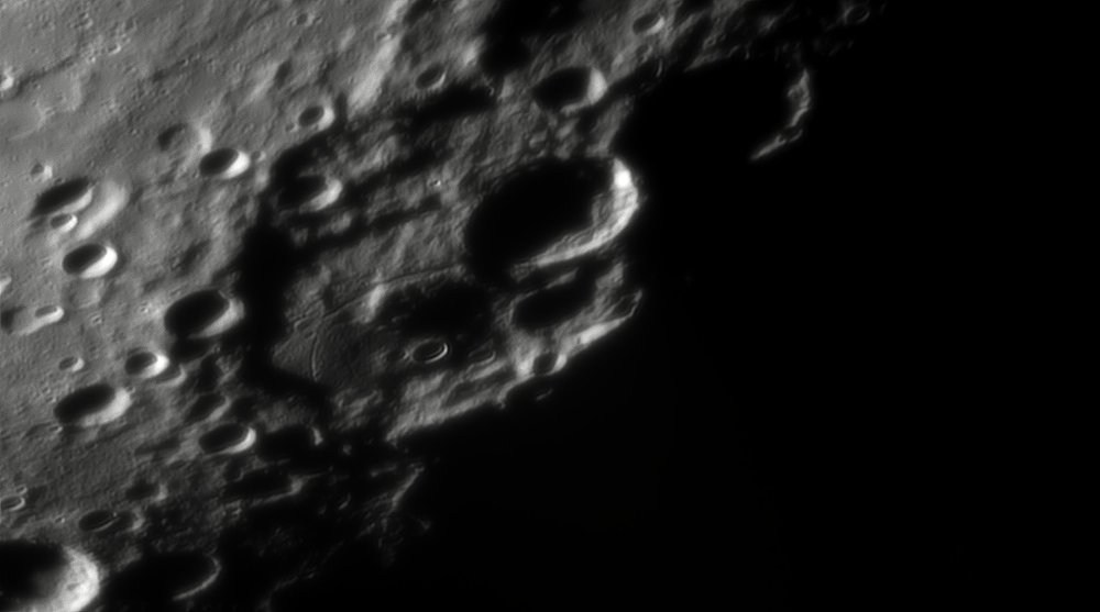 175615819_Moon_044438_230519_ZWOASI290MM_IR_680nm_AS_P25_lapl4_ap475.thumb.jpg.1cd1424df8450528abfd68af4a023fc3.jpg