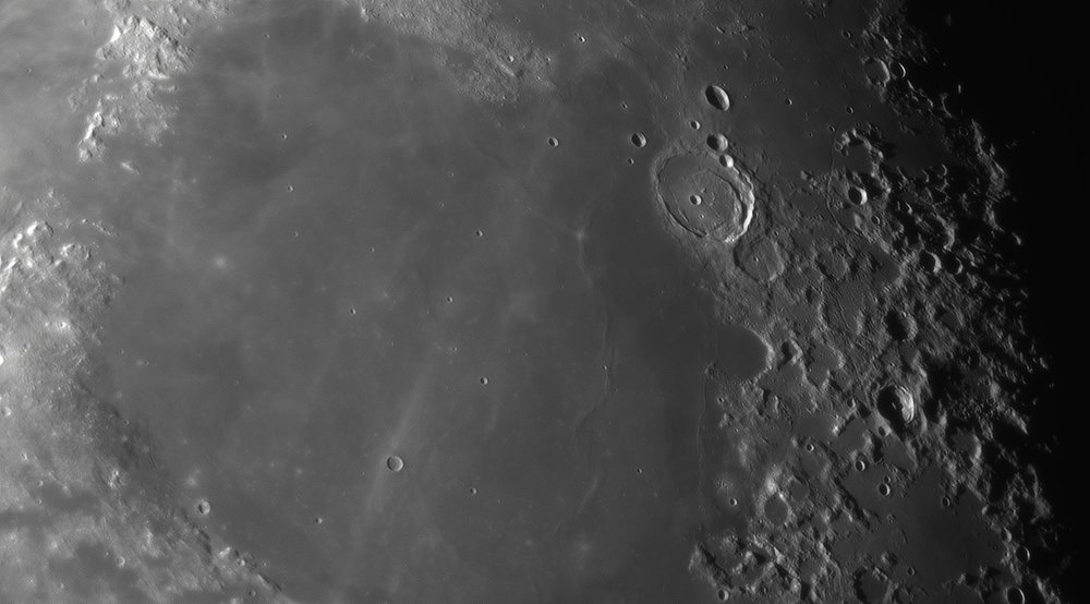 2102688273_Moon_044059_230519_ZWOASI290MM_IR_680nm_AS_P25_lapl4_ap771.thumb.jpg.b13ed96ada95f47e0109e793e51db824.jpg