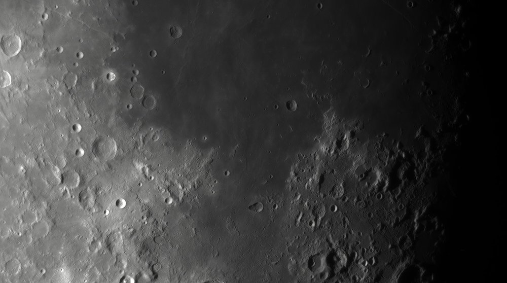 90303929_Moon_044140_230519_ZWOASI290MM_IR_680nm_AS_P25_lapl4_ap752.thumb.jpg.9c5411dd1915f22cd53a47ddcbe5d7e2.jpg